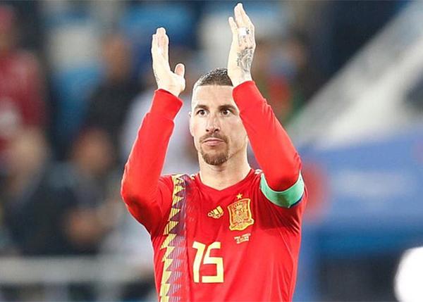 Tuy nhiên, tuyển Tây Ban Nha sớm bị loại khi thất bại trước chủ nhà Nga ở vòng 16 đội trên loạt luân lưu.