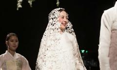 Ngôi sao Hàn khiến khán giả trầm trồ vì trẻ như thiếu nữ dù 55 tuổi