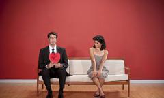 Bạn gái đột ngột đòi ngừng gặp gỡ dù tình yêu đang đẹp
