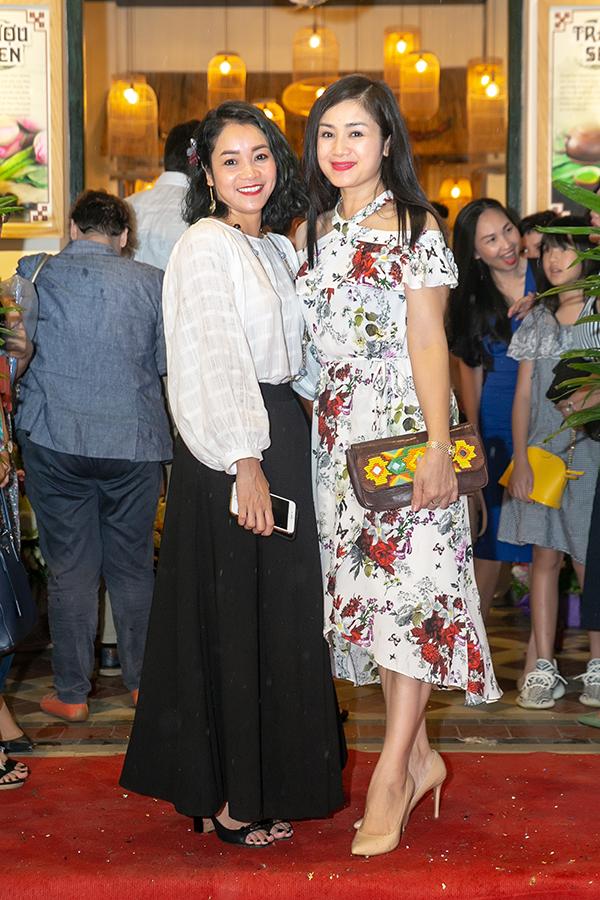 Nhiều năm gần đây, NSƯT Thu Hà không nhận phim mới và cũng rất hiếm khi xuất hiện trong các sự kiện của showbiz. Cô dành phần lớn thời gian để vun vén gia đình và công việc tại Nhà hát Kịch Hà Nội.