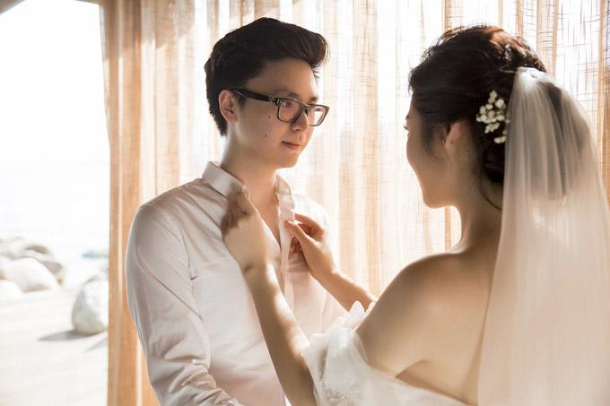Ảnh cưới lãng mạn của Á hậu Tú Anh và hôn phu kém một tuổi