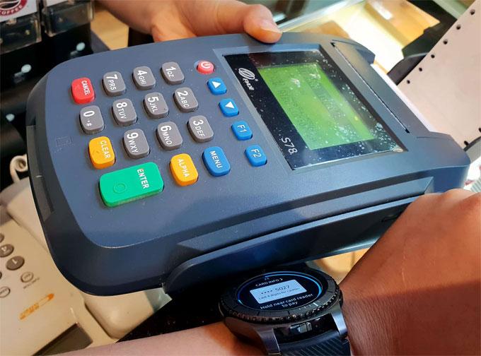 Các lưu ý khi sử dụng đồng hồ Gear S3 để thanh toán di động - 1