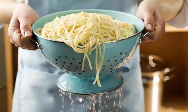 Đừng bao giờ đổ phần nước luộc mì pasta, sẽ rất lãng phí đấy! - 1