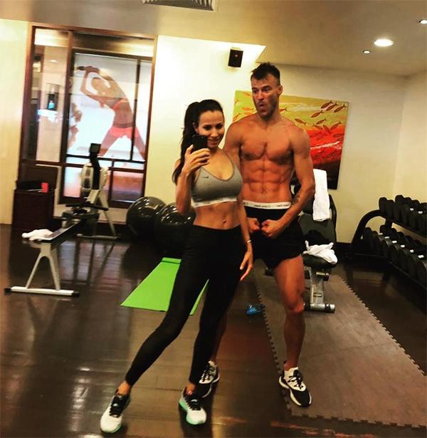 Bà xã củaYarmolenko rất chịu khó tập gym để duy trì vóc dáng chuẩn.