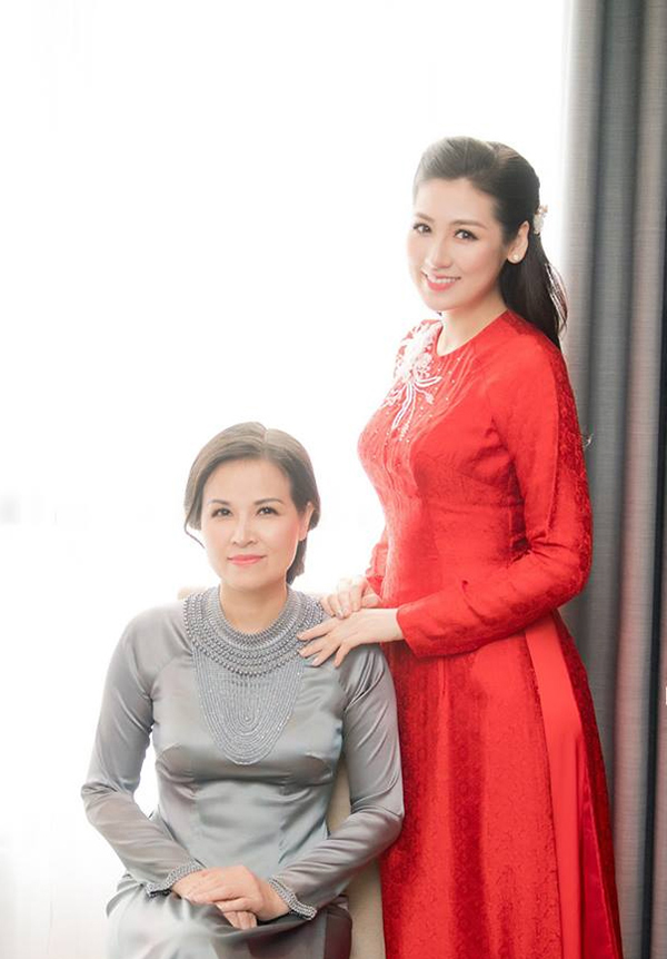 Người đẹp từng chia sẻ, sau khi kết hôn, cô sẽ trở thành người phụ nữ toàn tâm toàn ý cho gia đình như mẹ.