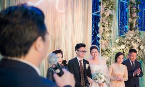 Bố chồng Tú Anh: 'Thượng đế đã mang cho con trai tôi một cô gái rất đẹp'