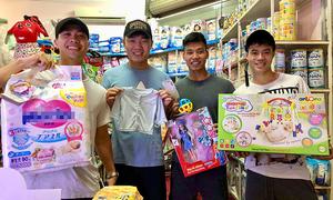 Công Phượng, Xuân Trường mua đồ sơ sinh tặng con gái Quế Ngọc Hải