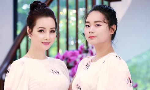 Mai Thu Huyền làm mẫu ảnh cùng con gái 15 tuổi