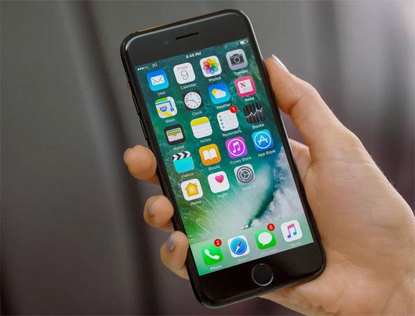 5 smartphone cao cấp cũ đáng mua - 4