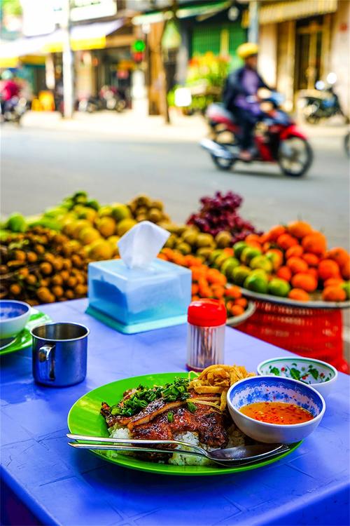 Ẩm thực đường phố Sài Gòn trong mắt người nước ngoài - 1