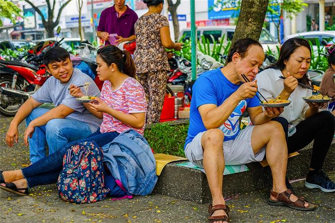 Ẩm thực đường phố Sài Gòn trong mắt người nước ngoài - 2