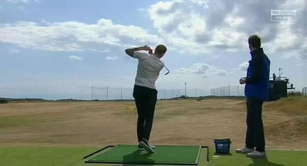 Pickford tham gia chơi và xuất hiện trên kênh Sky Sports.