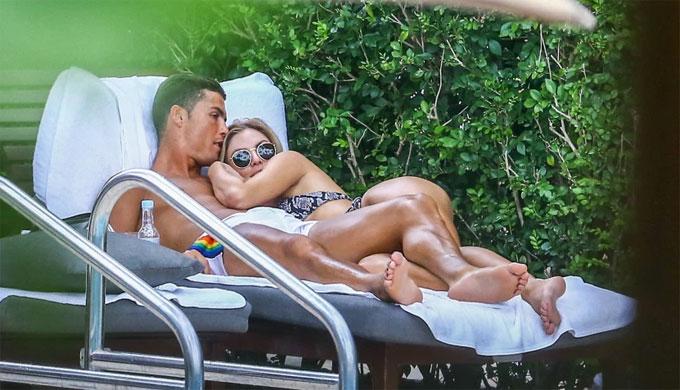 Georgina Rodriguez được ví đổi đời như Lọ Lem nhờ C. Ronaldo