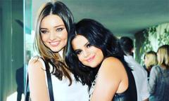 Miranda Kerr chúc sinh nhật Selena Gomez, xóa tin đồn bất hòa vì Justin Bieber