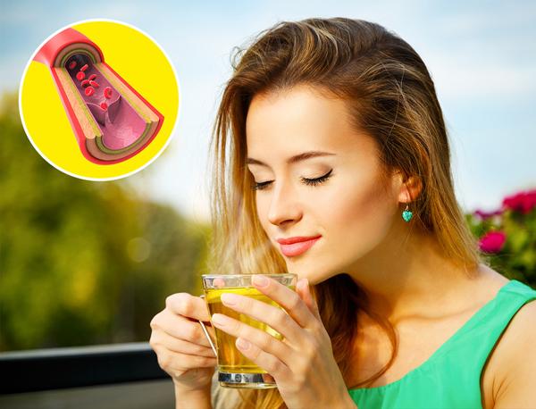 Trà xanh Trà xanh là một trong những loại trà quen thuộc và được nhiều người sử dụng nhất. Trà xanh luôn nằm trong danh sách những thực phẩm hỗ trợ giảm cân hiệu quả vì thức uống này rất giàu catechin - một chất chống oxy hóa có khả năng thúc đẩy trao đổi chất, tăng cường đốt cháy chất béo, đặc biệt là ở vùng bụng.
