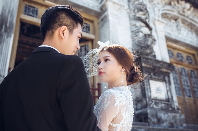 Nhiếp ảnh gia dành lời khuyên cho cô dâu chú rể nên chọn trang phục như áo dài cưới, váy cưới nhẹ nhàng, không quá rườm rà để thuận tiện cho việc di chuyển.Trước khi thực hiện bộ ảnh, Quốc Trananh đã mất một tháng để lên ý tưởng,tìm kiếm người mẫu và trang phục.