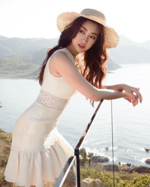 Hoa hậu Đỗ Mỹ Linh đẹp rạng rỡtrong bức ảnh mới đăng tải.