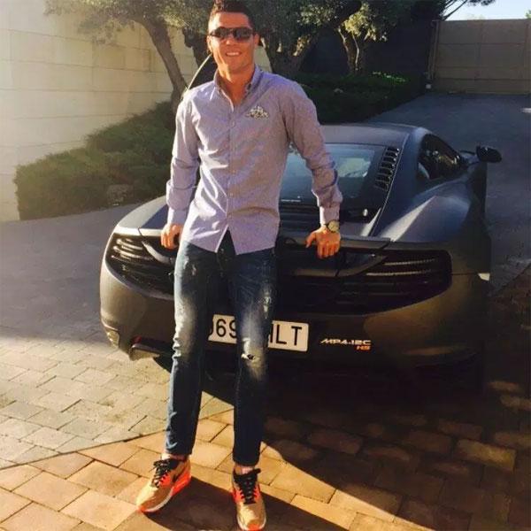 Những siêu xe oách nhất của C. Ronaldo - 12