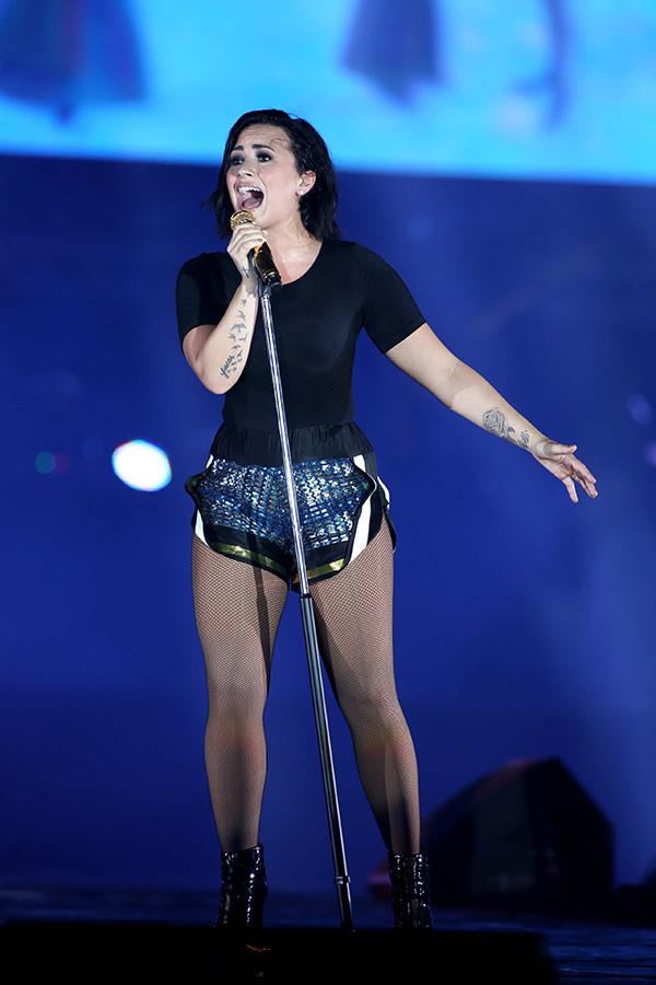 Demi Lovato khi biểu diễn ở Việt Nam hồi tháng 5/2015.