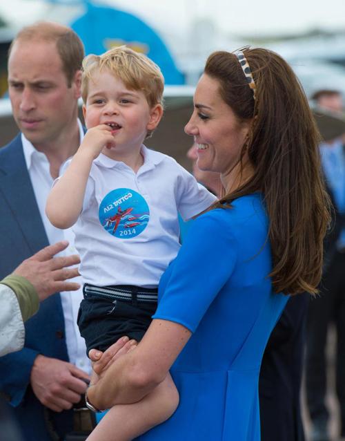 Vợ chồng Kate luôn cố gắng dành nhiều thời gian cho con nhất dù bận nhiều công việc của hoàng gia. Ảnh: Splash News.