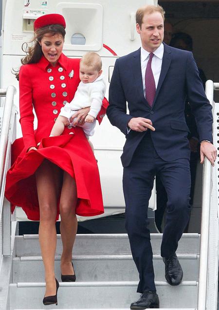 Kate gặp sự cố tương tự khi cùng chồng con tới thăm New Zealand năm 2014. Ảnh: AFP.