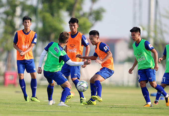 U23 Việt Nam tập buổi đầu tiên ở Trung tâm đào tạo bóng đá trẻ PVF.