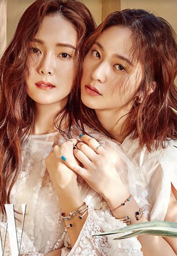 Hai chị em Jessica (trái)và Krystal là những mỹ nhân được săn đón hàng đầu Kbiz.