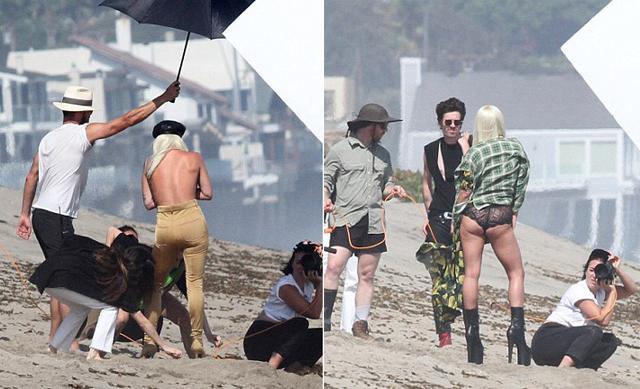Cô khoe dáng trước ống kính trong những bộ đồ sexy. Buổi chụp hình diễn ra ngay gần biệt thự 24 triệu USD của Lady Gaga tại thành phố biển này.
