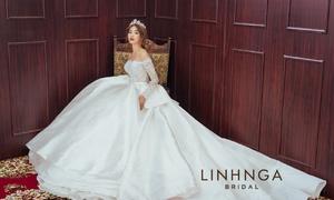 Linh Nga Bridal với phong cách váy cưới lộng lẫy.