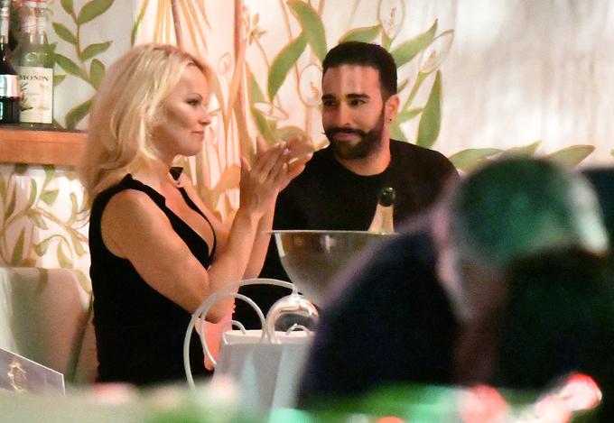 Pamela hẹn hò với cầu thủ đội Pháp, Adil Rami.