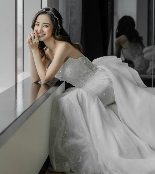 Jun Vũ xinh như công chúa.
