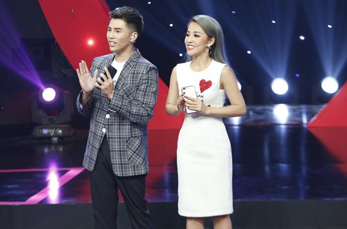 Will và Puka đảm nhiệm vai trò MC, dẫn dắt gameshow này.
