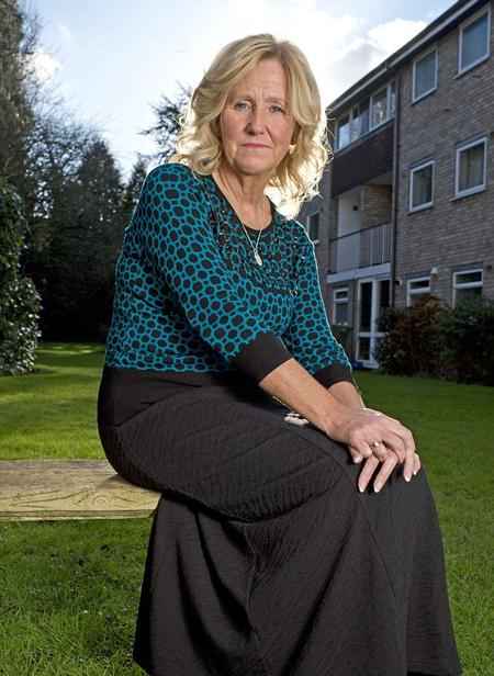 Bà Phyllis trải qua tuổi thơ trong trại trẻ mồ côi vì bị người mẹ nghiện rượu bỏ rơi từ lúc lọt lòng. Ảnh: Rowan Griffiths.