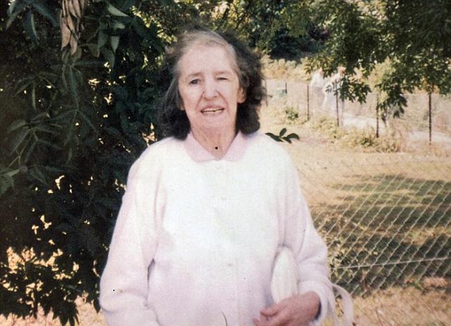 Mẹ của Phyllis, bà Bridget, từng bị chính anh trai lạm dụng. Ảnh: MDM.