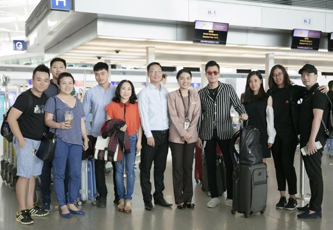Giọng qua quê Bình Định được nhiều người yêu mến vì tính cách thân thiện và hoạt động nghệ thuật nghiêm túc, không scandal.