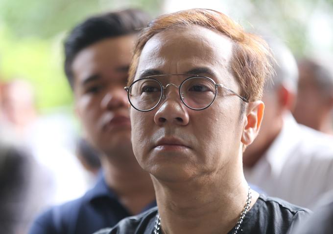 Nghệ sĩ Thanh Lộc buồn bã dự tang lễ của Thanh Hoàng.