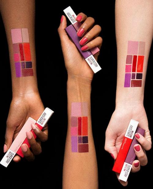 Nổi bật với 10 màu sắc rực rỡ phù hợp với mọi cá tính, mọi sắc da. BST Super Stay Matte Ink đáp ứng mọi nhu cầu của phái đẹp, từ dạo phố, đi học, đi làm hay dự tiệc&