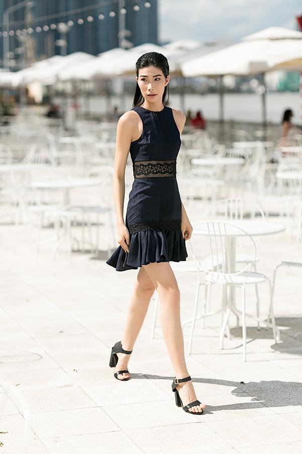 Bộ ảnh được thực hiện với sự hỗ trợ của nhiếp ảnh Chanh, người mẫu Kim Phương, trang điểm Thỏ.