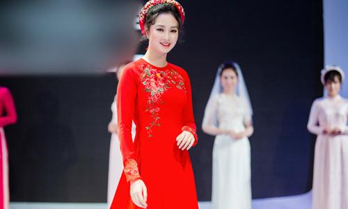Xu hướng áo dài cưới hot mùa Thu - Đông 2018