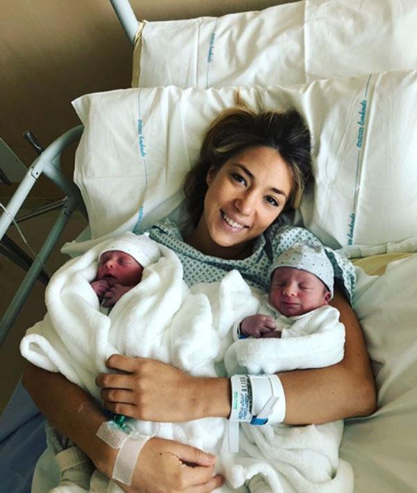 Tiền đạo Morata đón hai con song sinh đầu lòng - 1