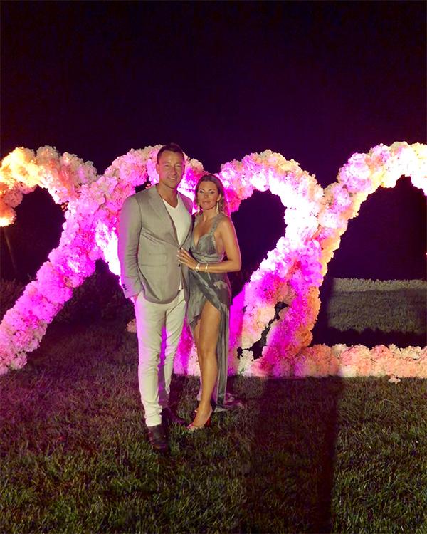 Trước khi đến Bồ Đào Nha, vợ chồng Terry còn có kỳ nghỉ ở Ibiza nơi hai người dự đám cưới của tiền vệ Fabregas.
