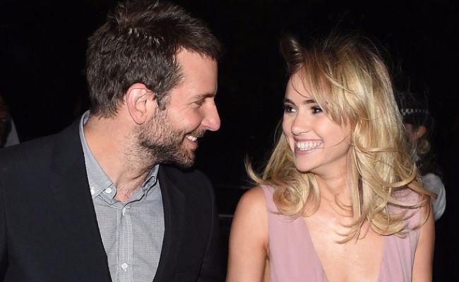 Cô từng trải qua hai năm hẹn hò tài tử Bradley Cooper trước khi chia tay vào tháng 3/2015.