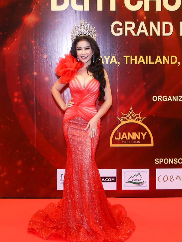 Hoa hậu Janny Thủy Trần  người đưa cuộc thi Hoa hậu Đại sứ Hoàn vũ Người Việt 2018 đến thành công tốt đẹp