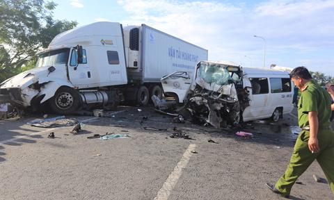 Tài xế ôtô đón dâu đã lái xe nhiều giờ liền trước khi gặp nạn