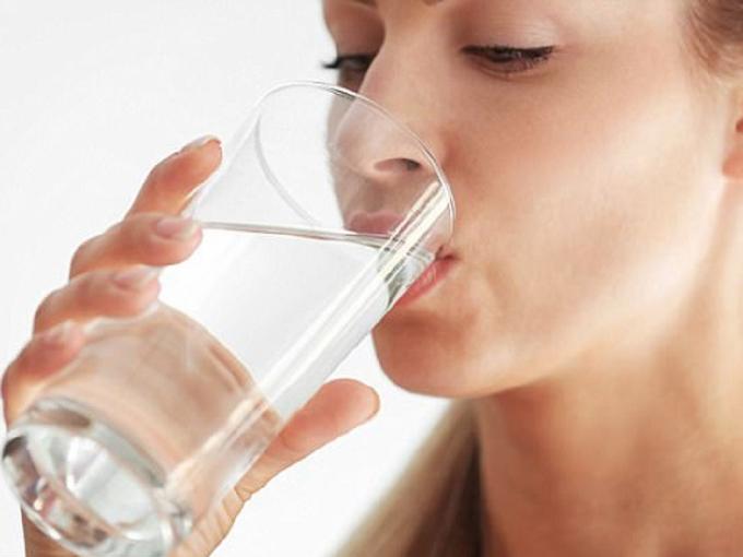 Ngoài nguyên nhân do yếu tố bẩm sinh, cơ địa dễ bị sỏi thì 7 thói quen sau đây có thể là hung thủ gây bệnh sỏi thận.