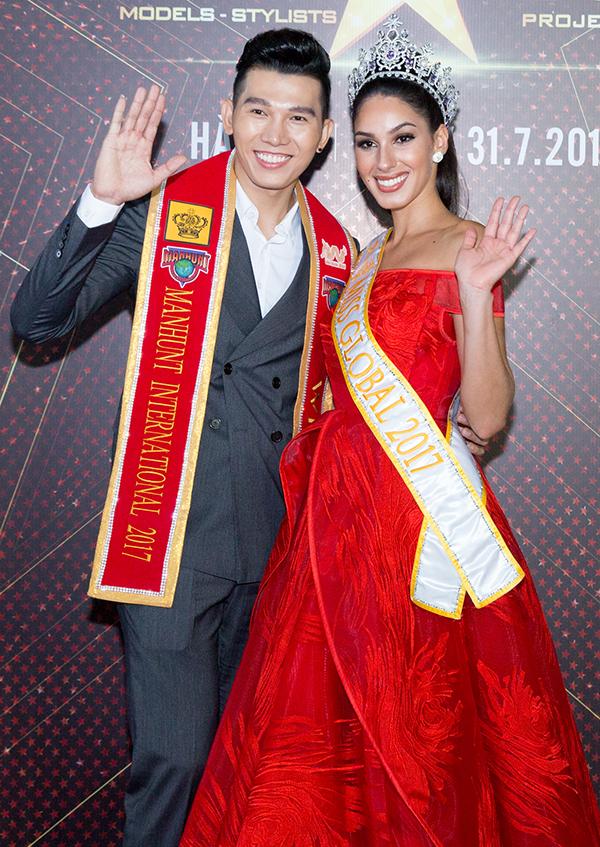 Ngoài các người đẹp Việt, sự kiện còn có sự xuất hiện của Miss Global 2017,Barbara Vitorelli. Cô có mặt tại Việt Nam vào tối 30/7 và sẽ về lại Brazil vào ngày 1/8.