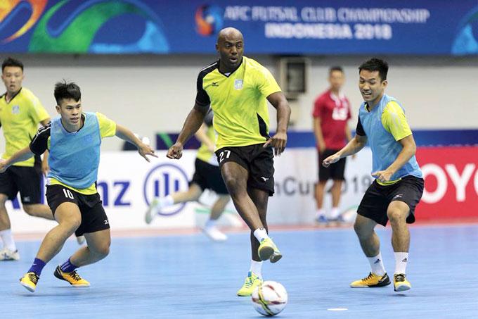 Abdulrahman Al-Taweel là đội trưởng tuyển futsal Kuwait. Ảnh: HĐ.