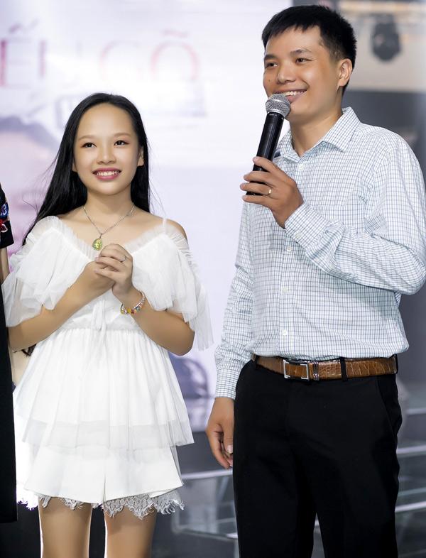 Bố Hoài Ngọc nói lời cảm ơn nhạc sĩ Lưu Thiên Hương đã dìu dắt, hỗ trợ hết mình cho con gái anh theo đuổi đam mê ca hát.