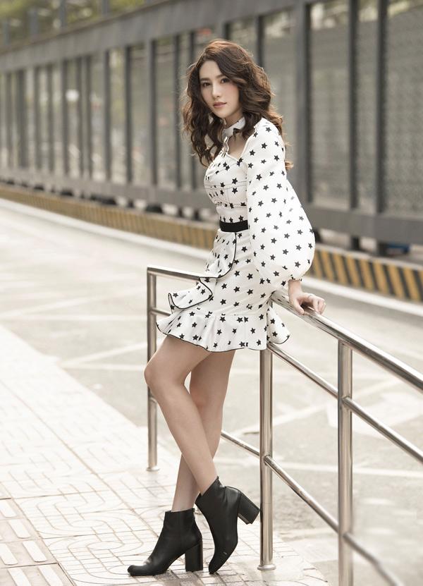 Thời gian trước Lê Hà bị chê quá béo so với chuẩn người mẫu khiến cô rất buồn.