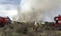 Máy bay rơi ở Mexico, toàn bộ 101 người sống sót